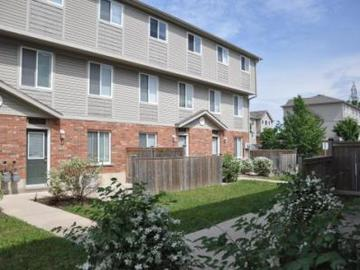 Apartments for Rent in Kitchener -  265 Lawrence Avenue Apartments - CanadaRentalGuide.com