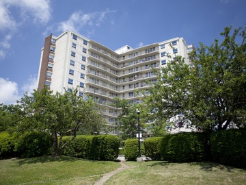 Apartments for Rent in Toronto -  Lawrence East Apartments - CanadaRentalGuide.com