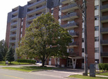 Tower On The Green - Oshawa, Ontario - Apartment for Rent