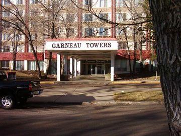 9920 - Garneau Towers Apartments | - CanadaRentalGuide.com