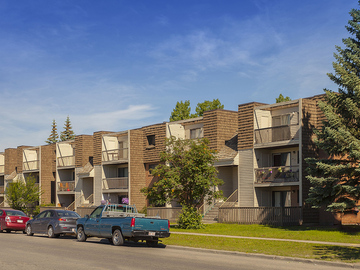 5300 Rundlehorn Drive NE, Pineridge Greene Apartments ...