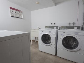 9920 - Bonaventure Apartments | - CanadaRentalGuide.com