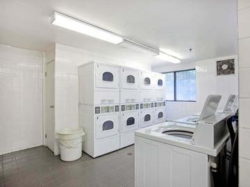 9991 - Brampton Village Apartments | - CanadaRentalGuide.com